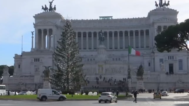 The Christmas tree at Piazza Venezia in Rome in 2017 (Spelacchio)
